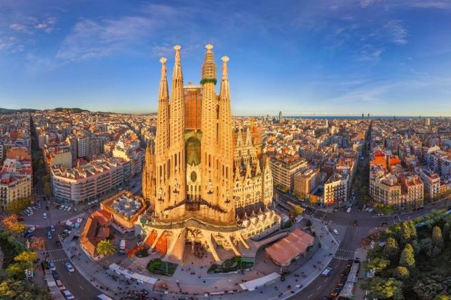 Super Reducere Last Minute City Break Barcelona din Bucuresti Februarie 2020 de la 199 Euro/persoana!