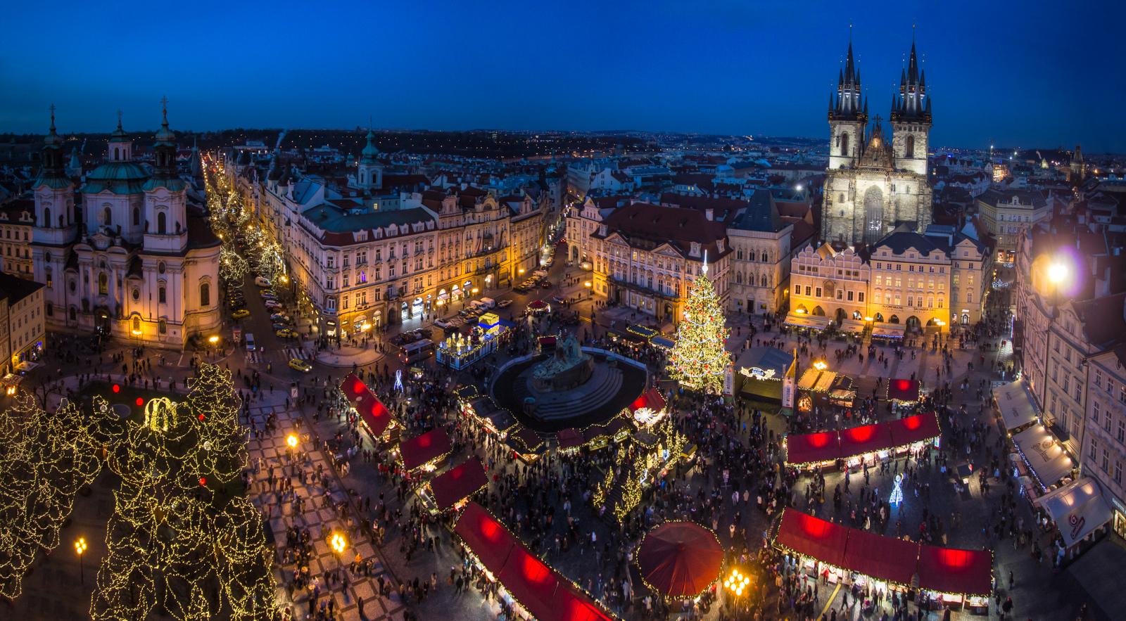 Super Reducere Piata de Craciun Praga din Bucuresti de la 249 Euro/persoana!