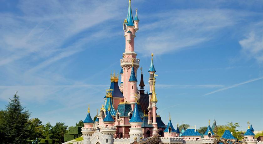 Disneyland din Bucuresti