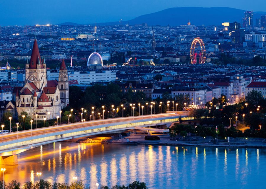 Super Reducere City Break 3 nopti Viena din Bucuresti Iunie - Iulie de la 279 Euro/persoana!