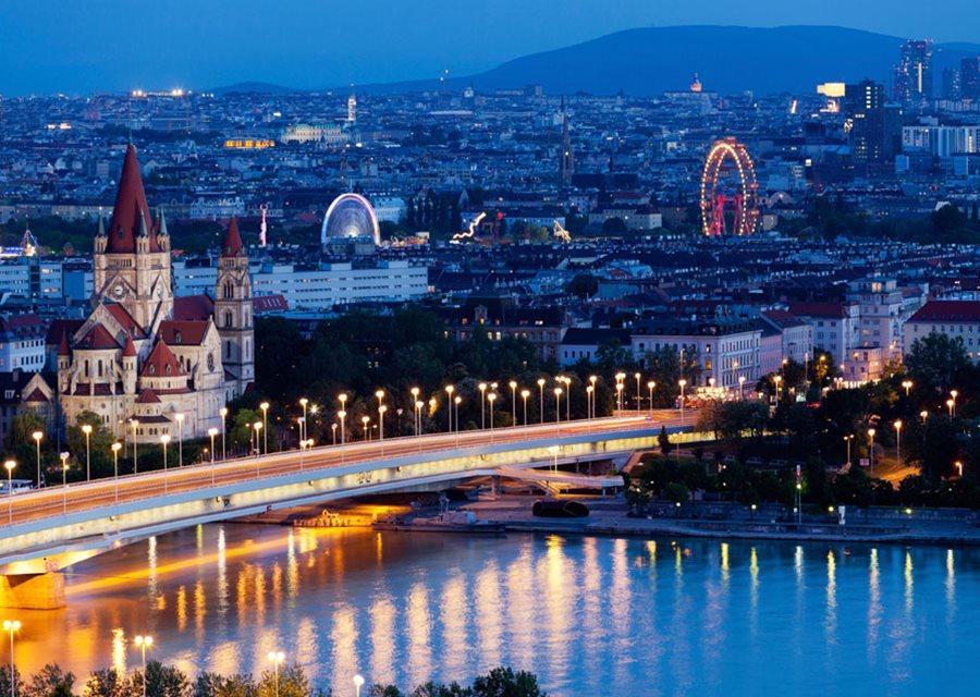 Super Reducere City Break 3 nopti Viena din Bucuresti Dragobete de la 209 Euro/persoana!