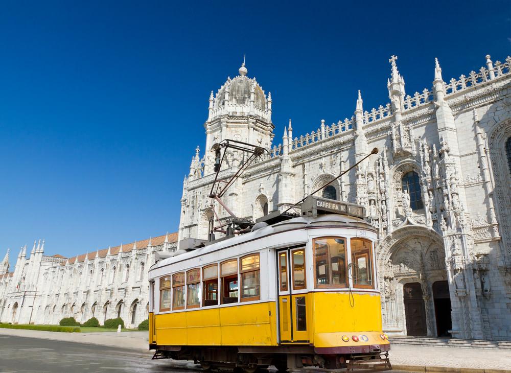 Super Reducere City Break Lisabona din Bucuresti Noiembrie - Decembrie de la doar 279 Euro/persoana!