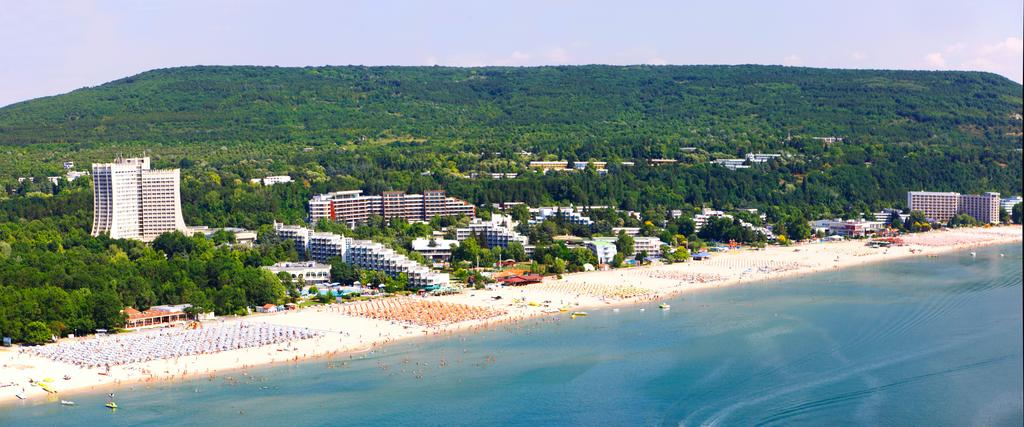 Super Reducere Sejur Individual Bulgaria - Albena Hotel 4 * AI Iunie -August 5 nopti de la doar 259 Euro/persoana!