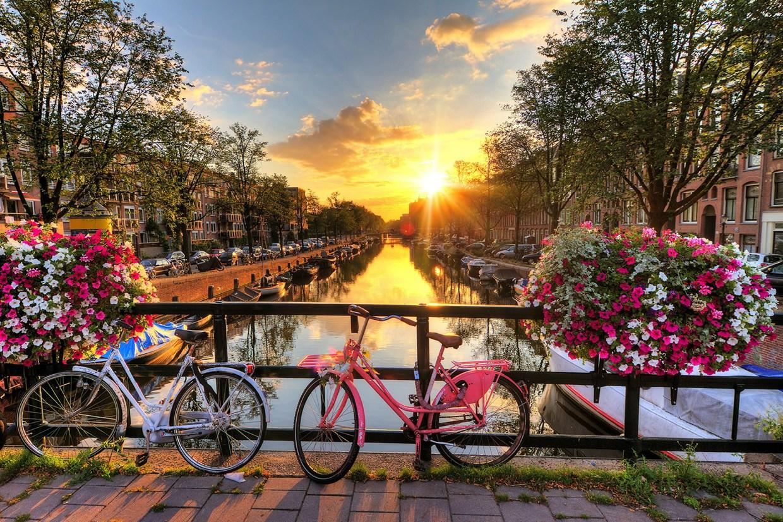 Super Reducere City Break Amsterdam din Bucuresti Aprilie - Mai de la doar 429 Euro/persoana!