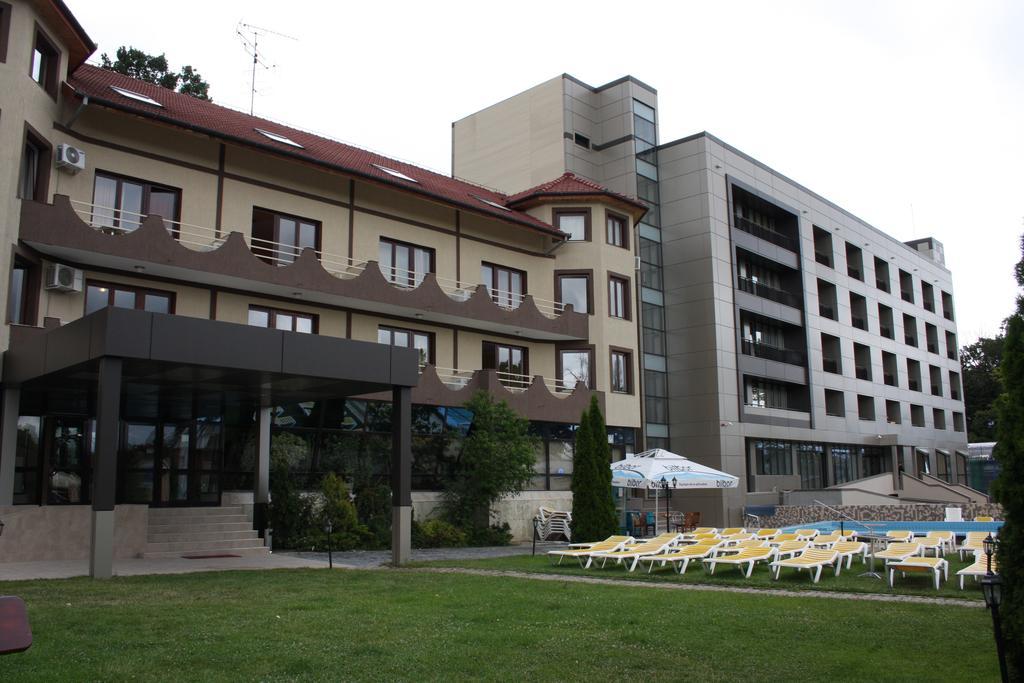 Super Reducere Sejur 1 Mai Baile Felix 2 nopti cazare la Hotel President de la doar 139 euro/persoana!